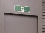 蓄光避難誘導標識